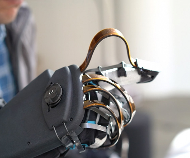 Haptx Glove, Feeling the virtual world